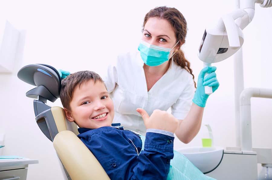 Los traumatismos dentales infantiles tienen solución en Acuadental