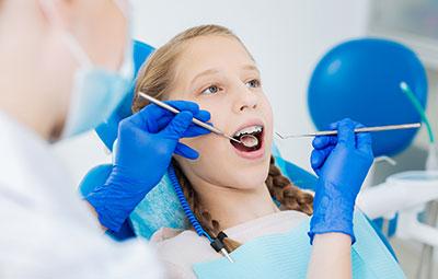 retención después de la ortodoncia, para qué sirven los retenedores después de la ortodoncia
